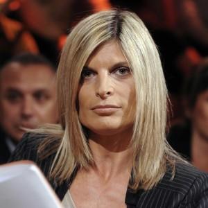 Laura ravetto in forza italia c 39 chi vuole le gatte for Parlamentari forza italia
