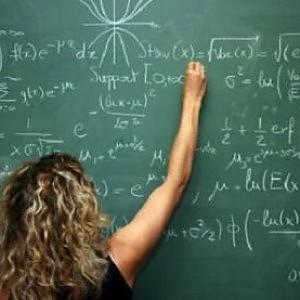 Scuola, soldi tolti ai prof: Letta fa dietrofront. Ma Saccomanni punta il dito contro Carrozza