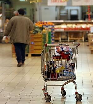 Cala il potere d'acquisto delle famiglie.<br />Confcommercio: consumi ancora giù