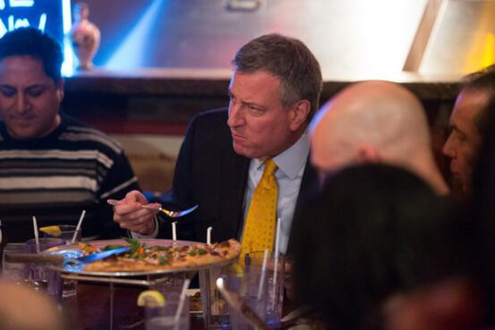 NY, de Blasio nei guai per una pizza: ed è subito 'Forkgate' - Repubblica.it