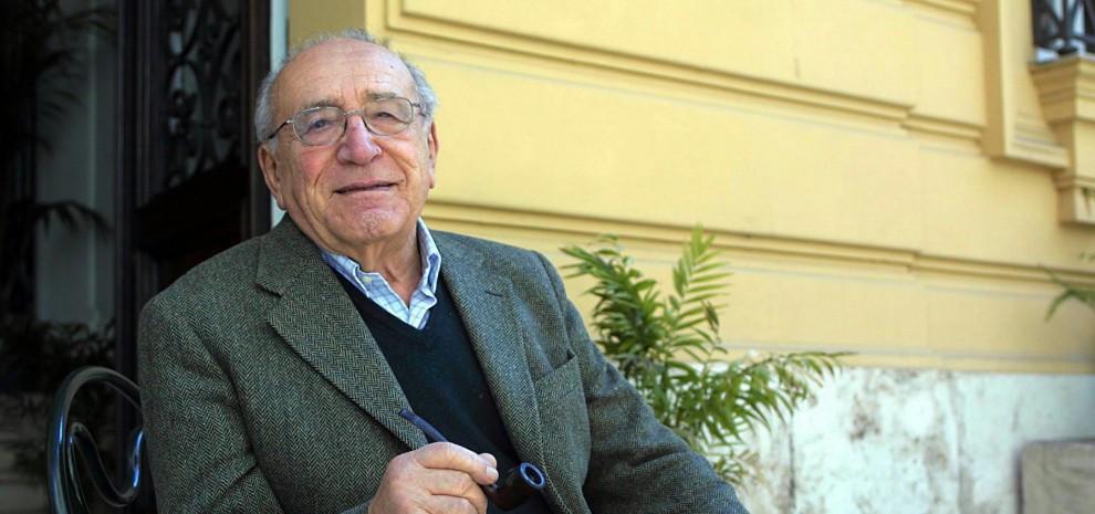 Morto Arnoldo Foà, aveva 98 anni: protagonista del '900 dal teatro alla tv