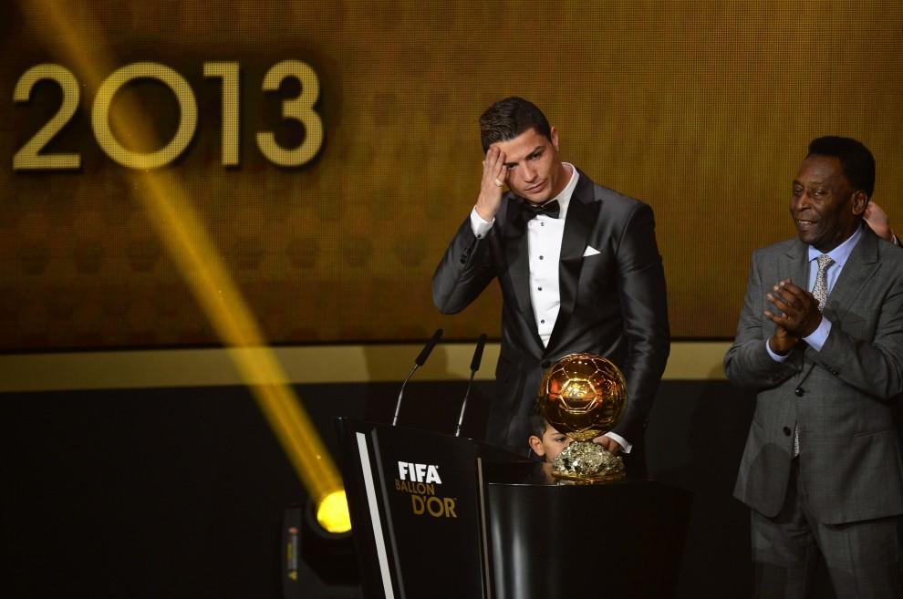 CRISTIANO RONALDO Pallone d'Oro 2013: le lacrime [FOTO]