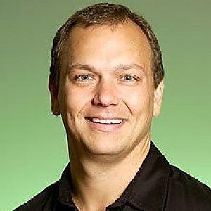 Google assume Fadell, il disegnatore dell'iPod e si compra la sua Nest Labs per 3,2 miliardi di dollari