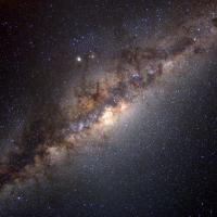 Spiando il buco nero al centro della Via Lattea
