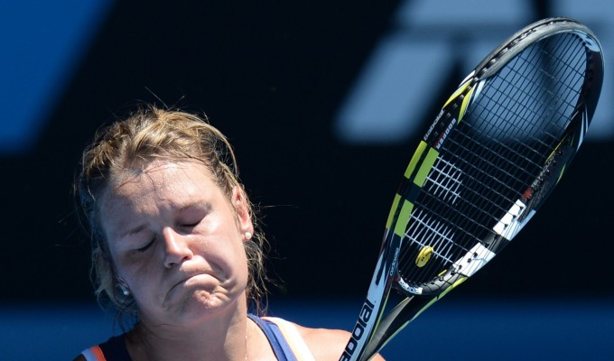 Tennis, Australian Open: Knapp sfiora l'impresa con Sharapova dopo 'maratona' a 40 gradi