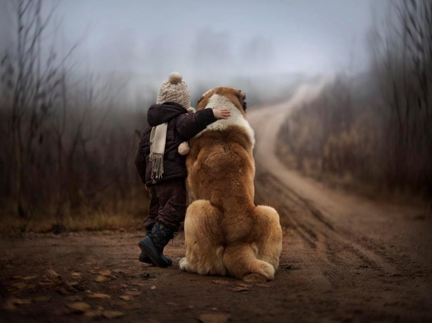"""""""Wild boy"""", bambini e animali amici per la pelle: il fotoprogetto"""