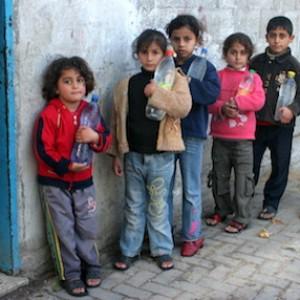 Gaza, la visita di Laura Boldrini ai progetti d'aiuto della Cooperazione Italiana e di Vento di Terra