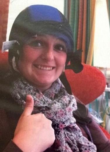 Tornano i capelli dopo il cancro, la rinascita di Annmarie diventa un fotoracconto