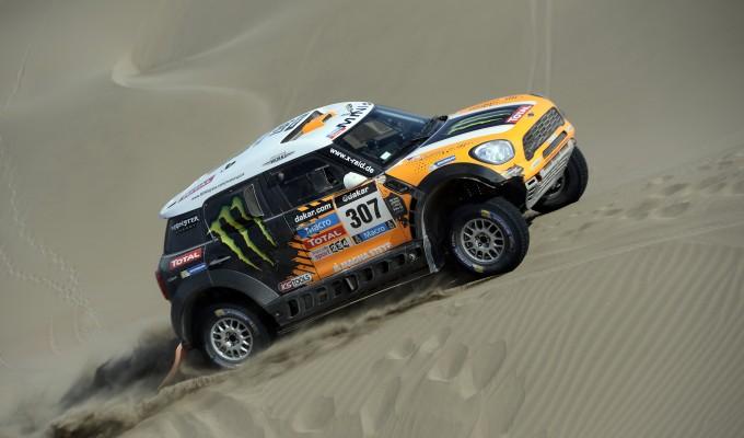Rally, Dakar: Coma sempre più padrone, Terranova si impone tra le auto