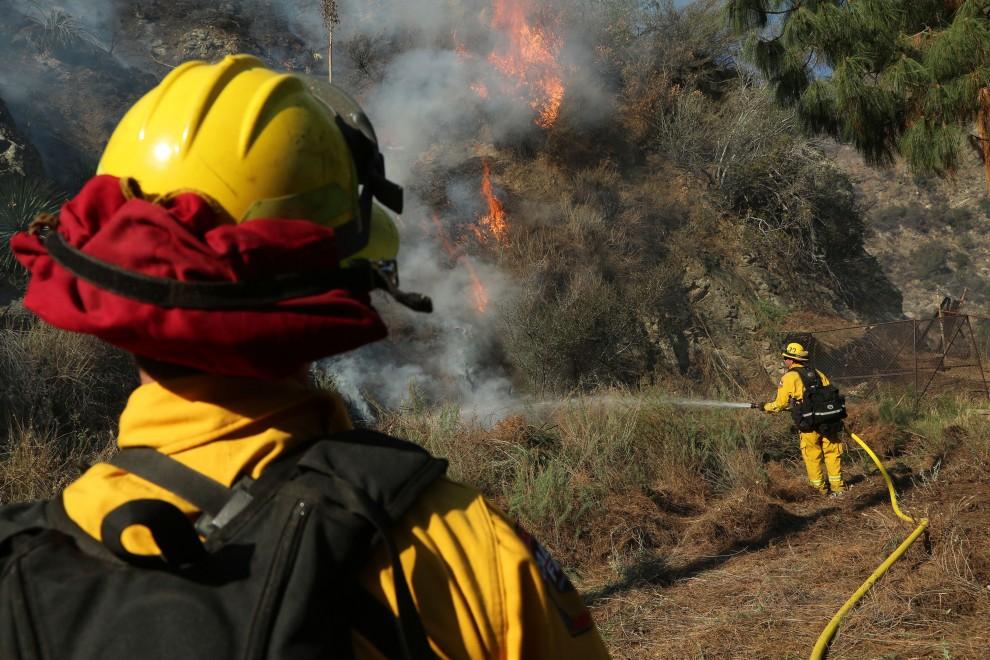 Siccit e incendi devastano il sud della california for Cabine romantiche nel sud della california