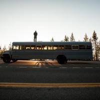 Usa, l'autobus trasformato: il viaggio 'on the road'