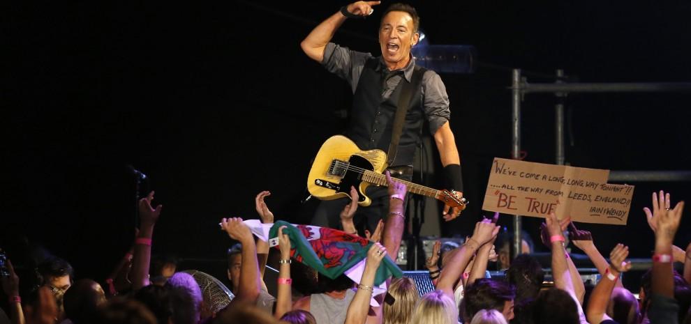 """Bruce Springsteen canta per Madiba: """"Porto lo spirito del rock nel Sudafrica di Mandela"""""""