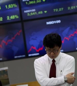 I Paesi emergenti mettono ansia ai mercati. Batosta per Tokyo, listini europei deboli