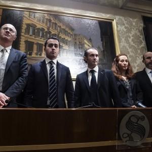 """Annuncio dei 5 Stelle: """"Chiesto impeachment"""". Napolitano: """"Faccia il suo corso"""""""