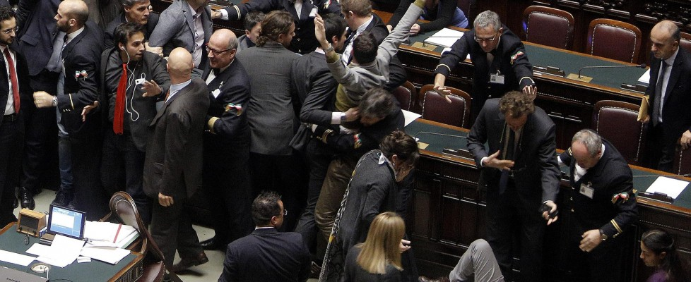 """M5S contro Boldrini: """"Farsa, ricorso a Consulta"""". Insulti e occupazioni alla Camera"""