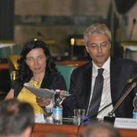 Abruzzo, i favori del governatore: assunta anche la sorella dell'amante