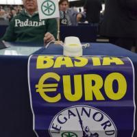 Strasburgo, Napolitano interrotto dalla contestazione della Lega Nord