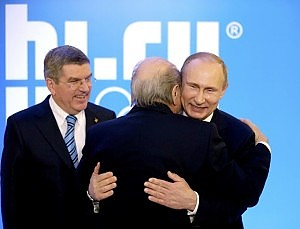 """Blatter e il gerontocomio Cio: """"No ai limiti d'età"""""""