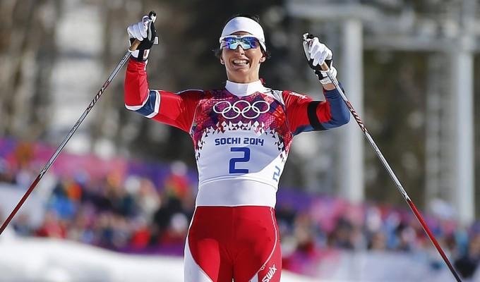 Sci fondo, skiathlon donne: oro alla Bjoergen