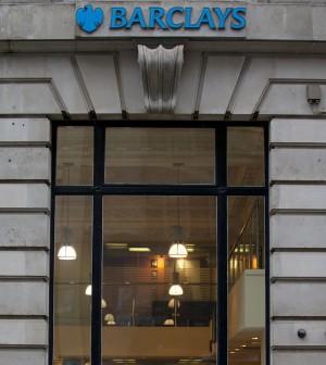 Barclays licenzia: 10-12 mila a casa. Intanto aumenta i bonus del 10%