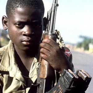 Bambini soldato, più di 250 mila risultano torturati,stuprati e usati come scudi umani
