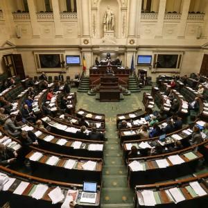 Belgio, approvata la legge per l'eutanasia dei bambini