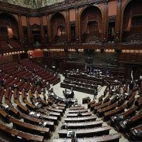 Crisi di governo, parlamento in stand by: così cinque decreti legge rischiano di saltare