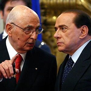 """Governo, M5S attacca il Colle: """"E' grave che Napolitano riceva Berlusconi per le consultazioni"""""""