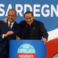 """Sardegna, scontro finale sul piano paesaggistico. Berlusconi con Cappellacci: """"Ho stima di Renzi"""""""