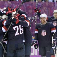 Sochi 2014, hockey: gli Stati Uniti gelano la Russia, Putin deluso