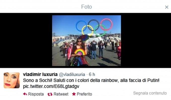 Sochi, Vladimir Luxuria arrestata con la bandiera 'Gay è ok'. Rilasciata dopo diverse ore