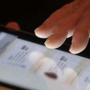 Quattro italiani su dieci non usano internet e computer