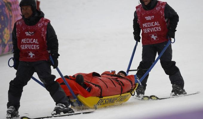 Sochi 2014, snowboard cross: Matteotti sesto, brutta caduta per Visintin