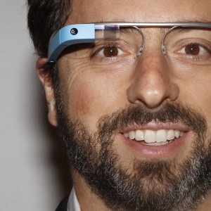 "Google Glass, ""l'abuso provoca emicrania"". Lo dice     Chris Barrett, con occhiali filmò un arresto"