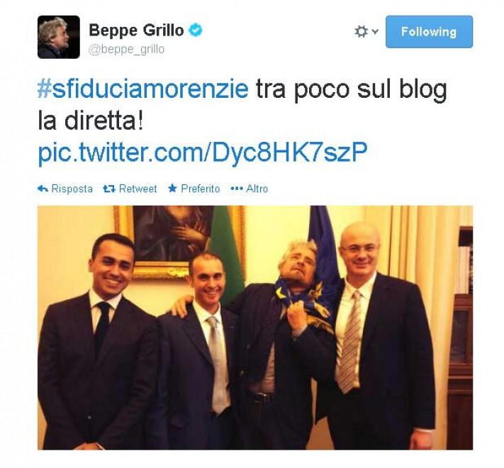 Governo, Grillo su Twitter: ''Sfiduciamo Renzi''