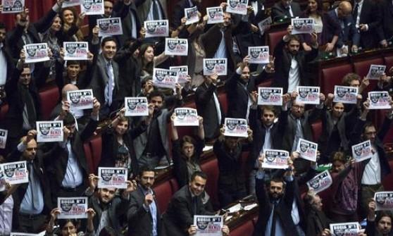Ok della Camera, l'abolizione del finanziamento pubblico ai partiti è legge