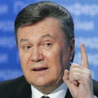 """""""Yanukovich Leaks"""" in Ucraina: le carte della corruzione ripescate dal lago"""