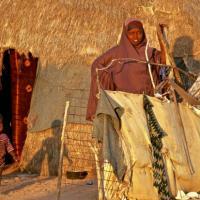 Somalia, foto-reportage tra i profughi stanziali fuggiti dalla siccità