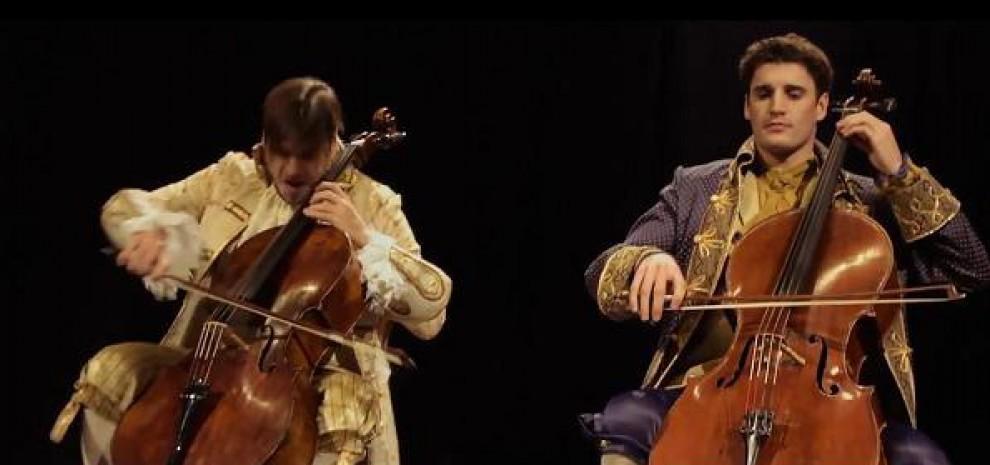 2 Cellos, come trasformare Antonio Vivaldi <br />e Angus Young in due compagni di giochi