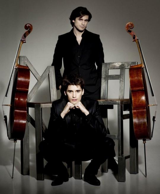 2 Cellos, come trasformare Antonio Vivaldi  e Angus Young in due compagni di giochi