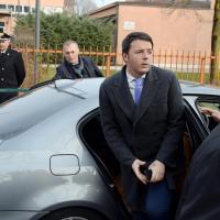 Renzi visita la scuola media di Treviso: l'arrivo