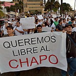 """Messico, manifestazioni per la liberazione di """"el chapo"""""""