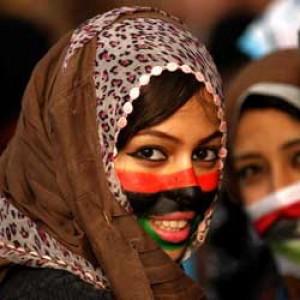 """Libia, le donne stuprate durante la rivoluzione riconosciute come """"vittime di guerra"""""""