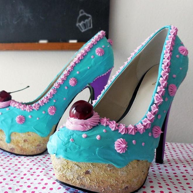 molto carino e2366 4dc3b Belle e golose, le scarpe sono torte - Spettacoli ...