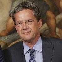 Luigi Casero, una carriera dietro le quinteda segretario di Spadolini a uomo di Tremonti