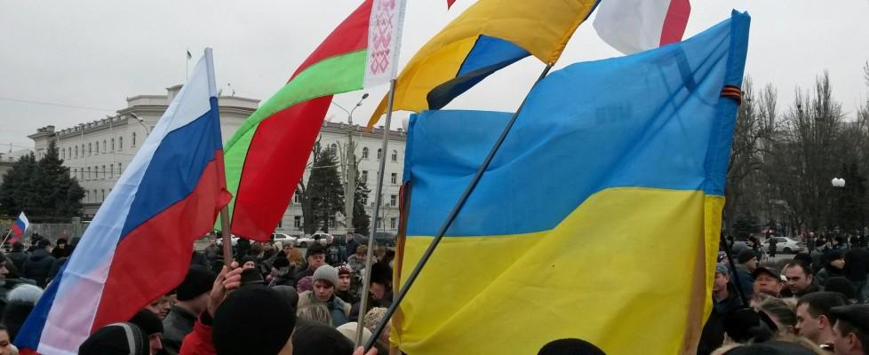 """Ucraina: monito di Obama contro l'intervento russo in Crimea. Putin: """"difenderemo i nostri interessi"""". Onu invita alla calma"""