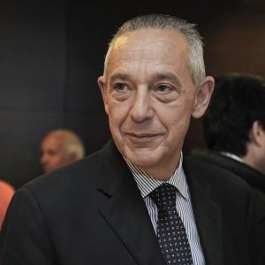 """Il sottosegretario Pd Del Basso De Caro: """"Non mi dimetto per 500 euro al mese"""""""