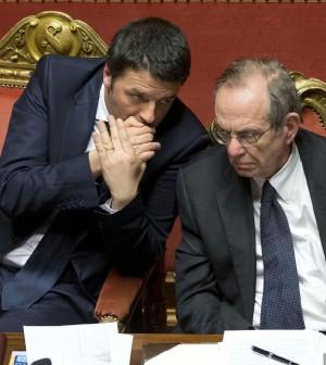 Renzi taglia 10 miliardi di Irpef: quasi 80 euro in più in busta paga per chi ne guadagna fino a 25 mila