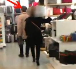 Latina, era 'invalida' al 100% ma faceva shopping  con i tacchi a spillo   video