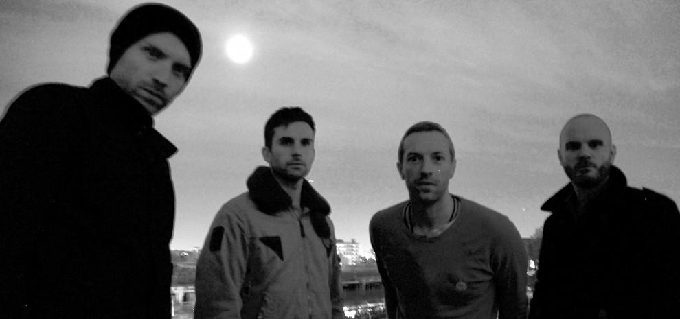 Coldplay, il ritorno della corazzata rock. Il loro show è in streaming gratuito